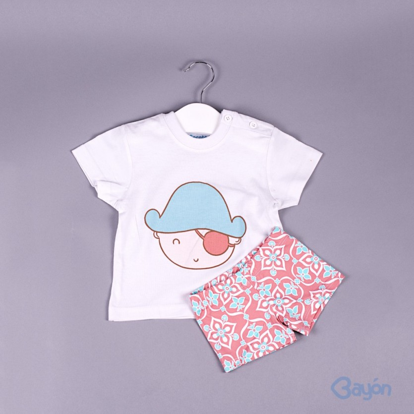 0e28d8872bce7 Comprar Conjunto camiseta pirata y bañador BAYON - BAYON