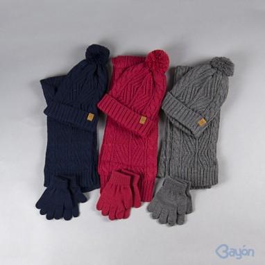 Conjunto gorro bufanda y guantes ochos BAYON